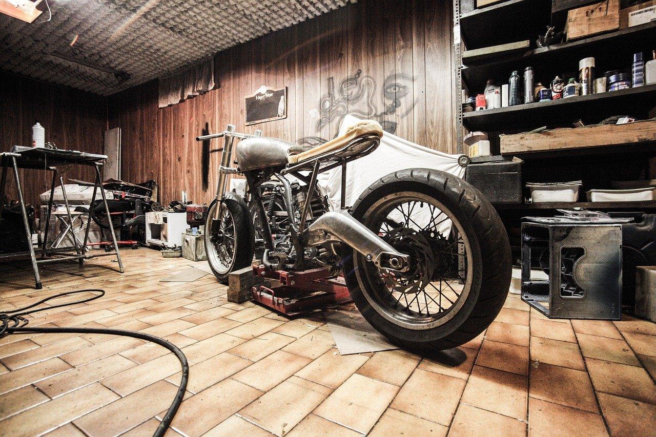 Motorradbühnen